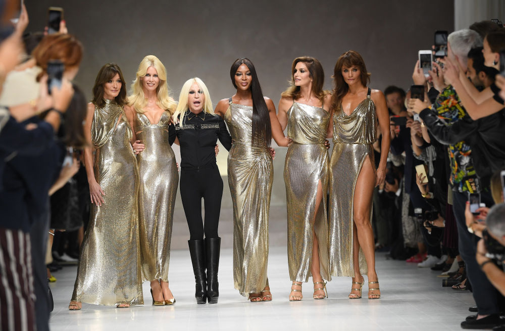 Mega.Onemega.Com Michael Kors Soon to Takeover Italian Fashion House Versace